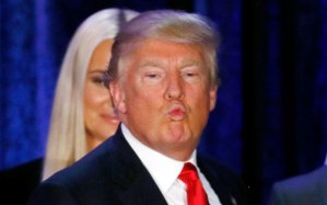 """I love myself SO much,"" says Donald Trump, ""that I wish I could two solid weeks kissing myself!"""